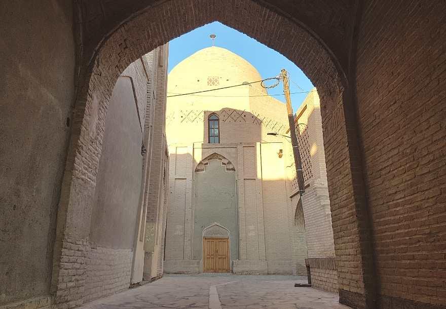 17 days Iran itinerary from Shiraz Nain Iran